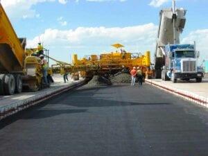 Tandem concrete pour on DIA taxiway
