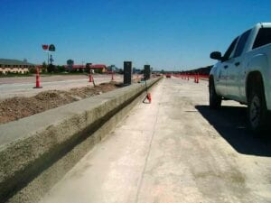 West Lincolnway (US-30) curb and gutter concrete flatwork