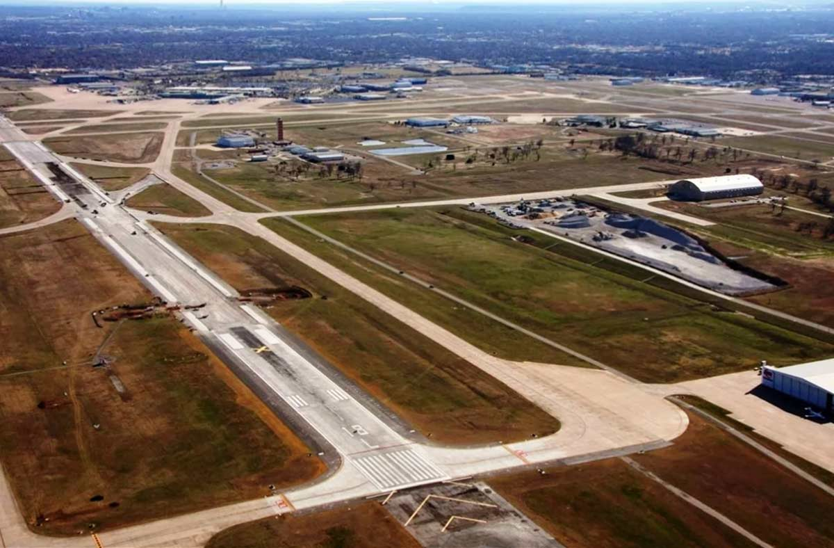 Tulsa International Airport's third phase of the reconstruction of Runway 18L/36R